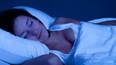 Karanlık odada uyumanın faydası ne?