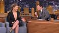 Ronda Rousey'den canlı yayında dekolte şov
