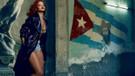 Rihanna: Önüme gelenle yatmıyorum