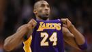 Kobe Bryant parkelere veda ediyor