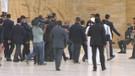 Anıtkabir'de nöbetçi asker bayıldı!