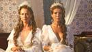 Vezir Parmağı'nda Ece Uslu ve Gülben Ergen'in seksi kostümleri