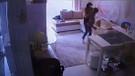 Ukraynalı dadının çocuğa işkencesi kamerada