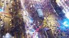 Son dakika: 5 Temmuz Şehitler Köprüsü boşaldı, meydanlar doldu taştı