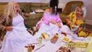 Bülent Ersoy, Safiye Soyman ve Banu Alkan ütü üstünde sucuk kızarttı