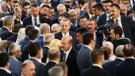 AKP'nin il ve ilçe kongrelerinde teşkilatların en az yüzde 50'si değişecek