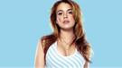 Lindsay Lohan'ın derin göğüs dekoltesi olay oldu
