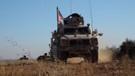 ABD'li askerlerden Münbiç'de teröristlerle hendek devriyesi