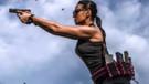 Kazak Lara Croft'u atış yetenekleriyle hayran bırakıyor