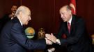 Yeni Şafak yazarından AKP ve MHP'ye: Sandıkta çok şaşırtıcı şeyler olabilir