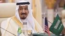 Son dakika: Suudi Kralına darbe girişimi: Askerler saraya girdi, Kral Selman hava üssüne götürüldü