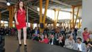 Ödüllü modacı Mehmet Sait Dalmış'dan pazar alanında defile