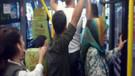Minibüste yolcuyla şoför arasında Kemal Sunal filmini hatırlatan diyalog