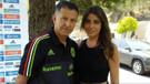Teknik Direktör Dünya Kupası'na sevgilisi ve eşiyle birlikte gelmiş