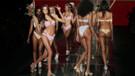 Plaj moda şovuyla coşku yaşatan Miami'den renkli kareler