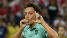 Mesut Özil'den ilginç gol sevinci! Amine Gülşe hamile mi?