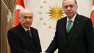 AKP MHP'nin af teklifinden en az zararla çıkmanın yolunu arıyor