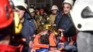 Yedikule'de yangın sonrası bina çöktü: 2 kişi hayatını kaybetti