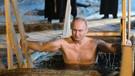 Vladimir Putin eksi 9 derece havada buz gibi suya girdi
