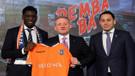 Medipol Başakşehir Demba Ba'yı renklerine bağladı