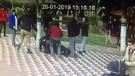 Genç çifte tekme tokat saldırı anı kamerada