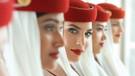 Emirates Türkiye hostes alımı! İşte kabin görevlisi başvuru şartları ve maaşı