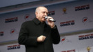 Erdoğan'ın mitinginde ilginç diyalog: Çay dağıttılar mı size?
