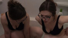 Banyo küvetini doldurup doğum yaptı, Youtube'dan canlı yayınladı