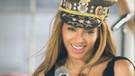 Beyonce, ödülünü eşcinsel amcasına ithaf etti