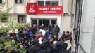 Saadet Partisi'ne haciz baskını: Polise direndiler