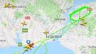 Son dakika: Kuş sürüsüne çarpan uçak Atatürk Havalimanı'na acil iniş yaptı