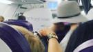 Uçakta iğrenç olay! Sosyal medya yıkıldı