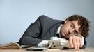 İş yerinde uyurken işten atılan işçi işe iade davası açamaz