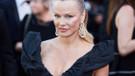 Pamela Anderson sevgilisi tarafından aldatıldı, canavar diye isyan etti!