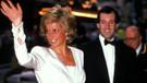 Lady Diana'nın 22 yıldır yıkanmayan sweatshirt'ü 300 bine satıldı