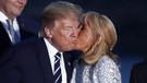 G-7 Zirvesi'nde First Lady Brigitte Macron'dan Trump'a sıcak öpücük
