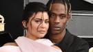 Kylie Jenner ve sevgilisinden hayranlarını heyecanlandıran çıplak poz