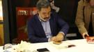 Ahmet Ümit yeni kitabı Aşkımız Eski Bir Roman'ı imzaladı