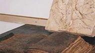 Müslümanlığı müjdeleyen İncil!!! İki bin yıllık bir İncil'de neler yazıyor?