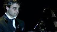 Piyanist Tezcan Erol, Fazıl Say'ın tahtını sallıyor!