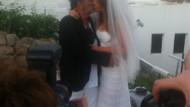 Ali Taran'dan Ayşe'ye öpücük! Yılın düğününde neler oldu?