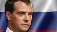 Ödlek Medvedev, korkusuz Putin filmi!