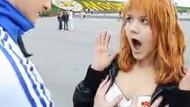 Putin için 1000 kadının göğüslerine dokundu!