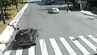 Araba çarptı, metrelerce havaya fırladı!