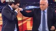 Rasim Ozan canlı yayında Ahmet Çakar'ın elini öptü!
