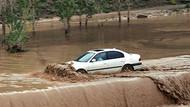 Borçka'da aşırı yağışın neden olduğu heyelan 3 can aldı!