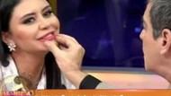 Sacit Aslan Ebru Polat'ın dudaklarını kontrol etti!