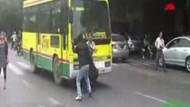 Sokak ortasında düello! İşte izlenme rekoru kıran video!