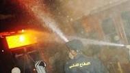 Müslümanlar Hristiyanlar'a ait ev ve iş yerlerini ateşe verdi!