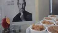 Steve Jobs için İzmir'de helva kavurdular!